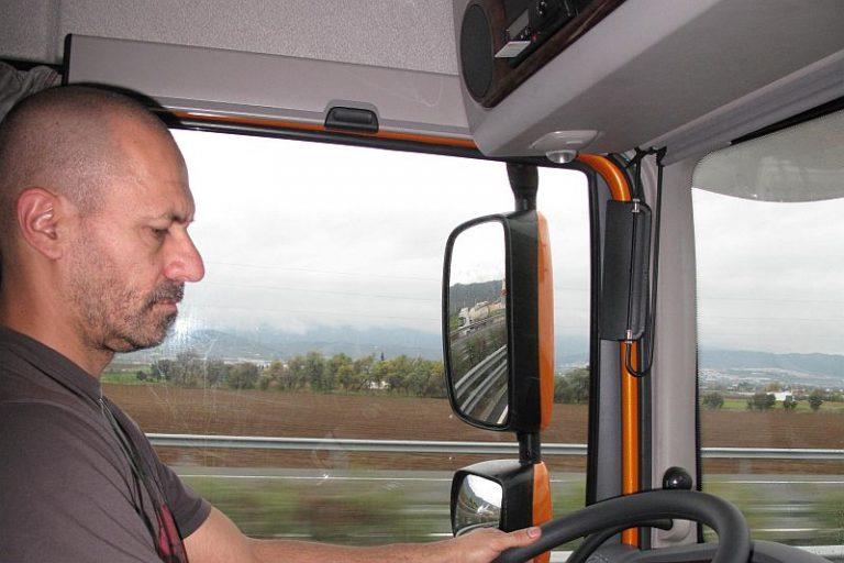 La Inspección de Trabajo da validez al tacógrafo para registrar la jornada laboral de los conductores - Transportes Valiente